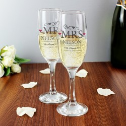 Mr & Mrs Pair of Flutes Personalised with Gift Box